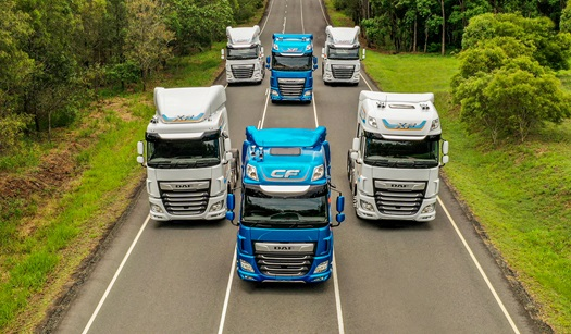 DAF-XF-and-CF-rewarded-with-Good-Design-Award-01